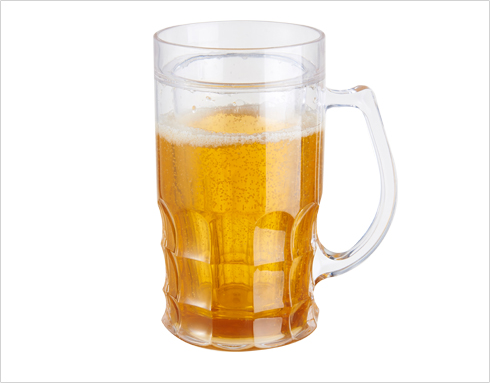 The cleaning process of different beer mugs